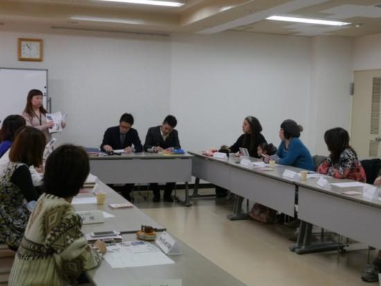 ママブレーン商品企画会議の様子